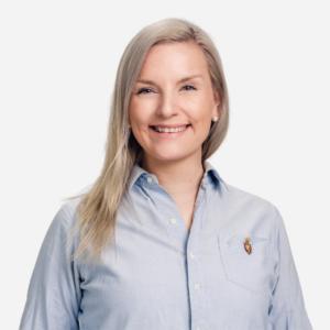 Elina, Ava-akatemian koulutuspäällikkö